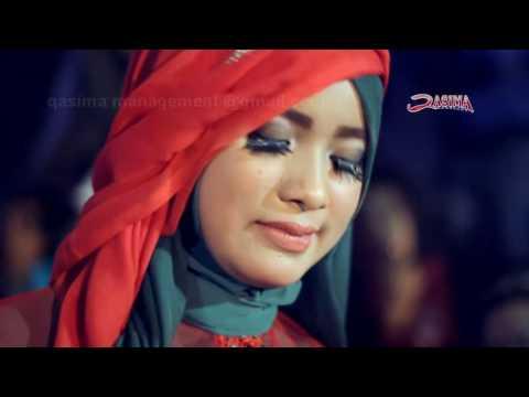 Karena Cinta Terlarang, Reny  (kendang) Qasima menangis..