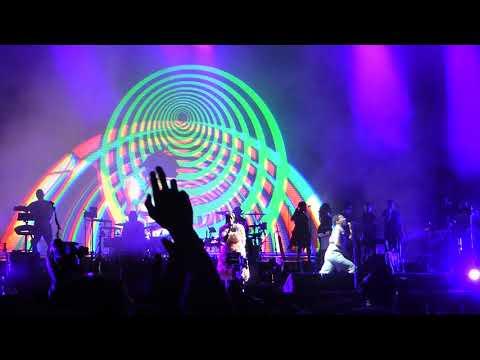 Gorillaz - Out of Body (with Kilo Kish and Zebra Katz) LIVE ACL Fest Weekend 1 [HD] 10/8/17