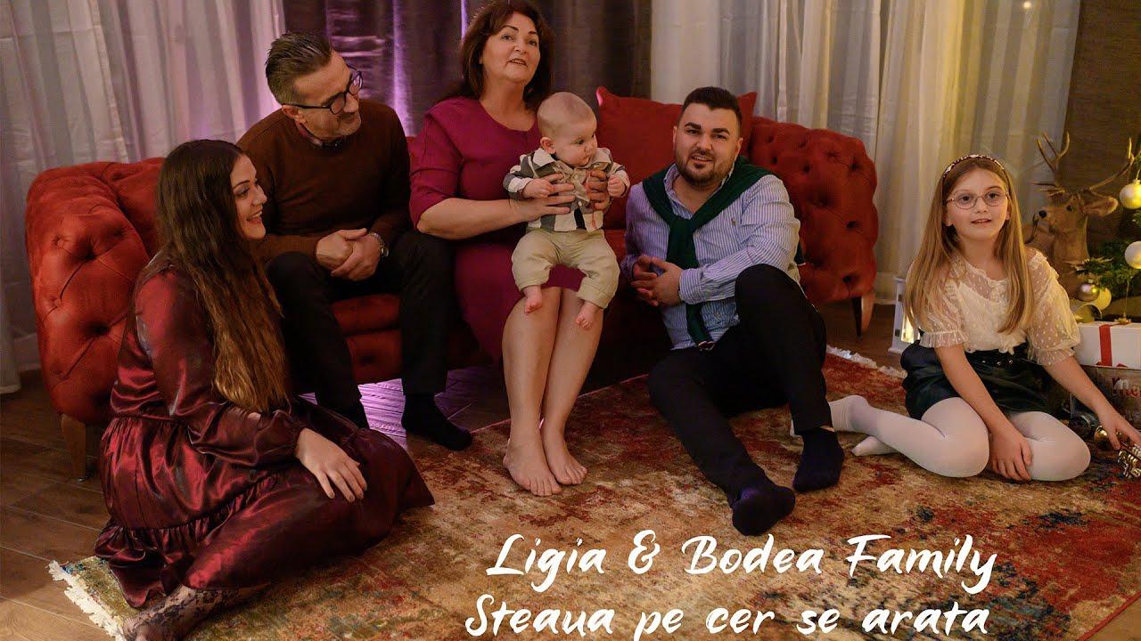 Ligia & Bodea Family - Steaua pe cer se arată [COLIND]