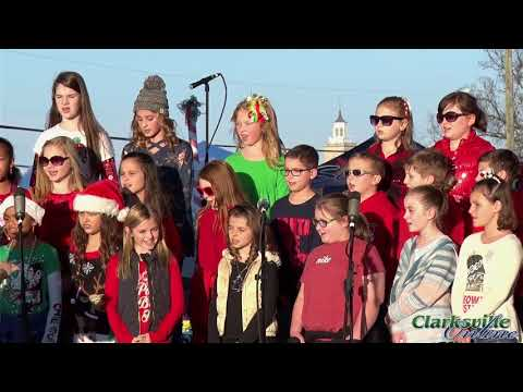 Montgomery Central Elementary School Choir at Downtown Commons for Christmas 2017