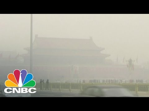Beijing Schools Closed Due To Heavy Smog: The Bottom Line | CNBC