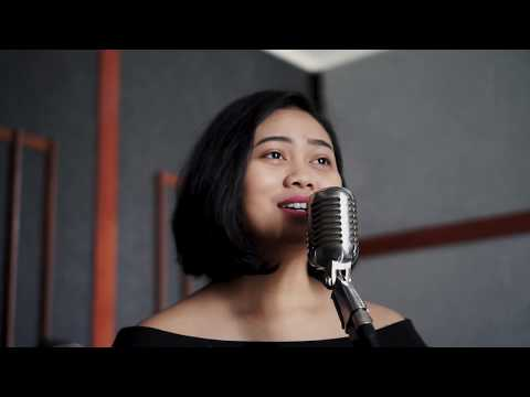 """""""Hanya Cinta Yang Bisa"""" - Kathlene (Agnezmo Feat. Titi DJ Cover)"""