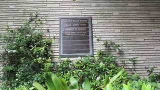 Visiting Walt Disneys Grave