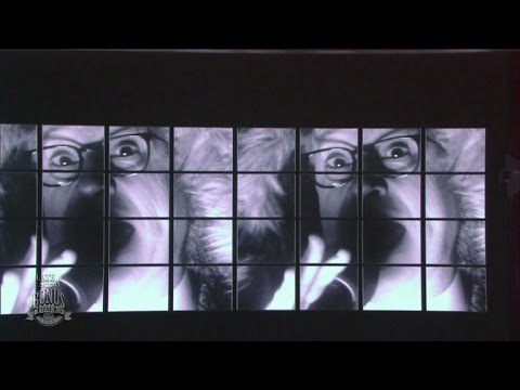 "Gorillaz Perform ""Feel Good, Inc."" feat. Stephen Colbert"