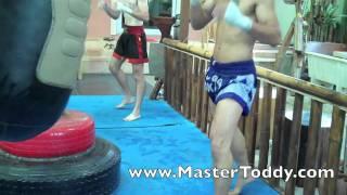 Video Muaythai Class at Master Toddy's, Bangkok download MP3, 3GP, MP4, WEBM, AVI, FLV Agustus 2018