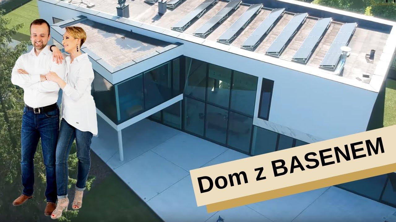 HOME TOUR: Spektakularny dom z basenem za 12 mln PLN