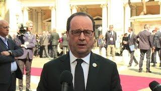 Brexit: Hollande warns Britain of Brexit 'consequences'
