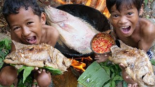 Tow Brother Cacth And Cooking Fish Eating