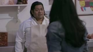 Yolanda le corta la cara a  su padrino por que no le pago el curso de aviación ( la piloto)
