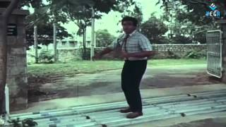 Pushpaka Vimanamu Movie - Climax Scene