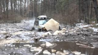 jeep чирокез кирпич выдает