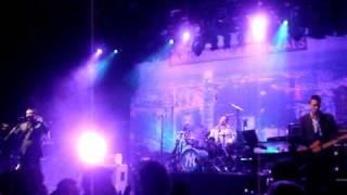 Fun Lovin' Criminals - Classic Fantastic live 19 3 2010 Paard Troje Den Haag