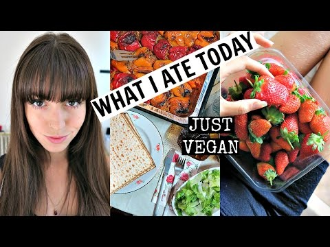 What I Ate on Passover Seder + Meet My Family | Just Vegan