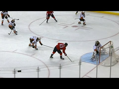 Gibson doing it all, makes two different saves to keep Capitals off the board