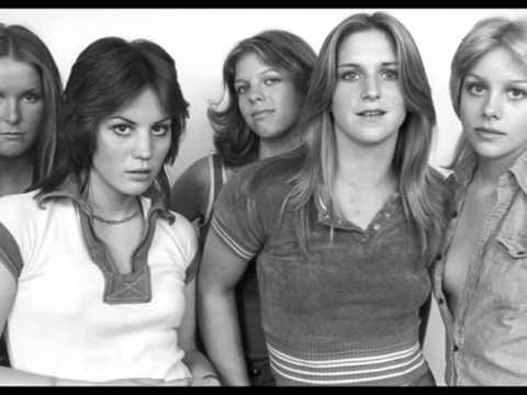 You Drive Me Wild-The Runaways (lyrics)