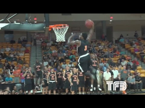 """5'7"""" Kid DESTROYS 360 Dunk off the Pass from the Crowd"""