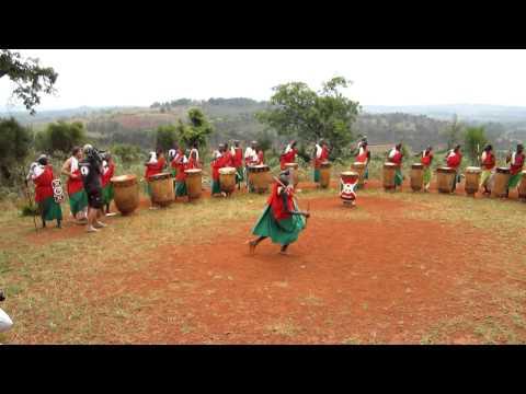The Royal Drummers of Burundi (Gishora Village) oct.2011