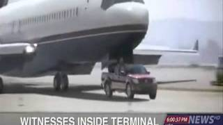 Fictionalization Do Not Attempt :: Airplane Is Being Stopped By A Nissan Frontier !!!