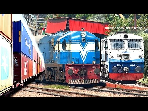 DELHI Suburbs & Encroachments by Train | Indian Railways