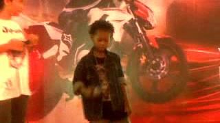 Kelle ft juar & mitha ~ INI BELAWANKU ( LIVE PERFOAM TO CARREFOUR ) Mp3