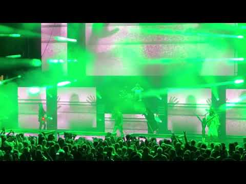 "Rob Zombie Ft. Marilyn Manson ""Helter Skelter"" (HD) 