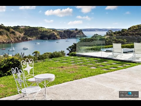 Sensational Contemporary Luxury Holiday Home on Waiheke Island in New Zealand **MUST SEE**