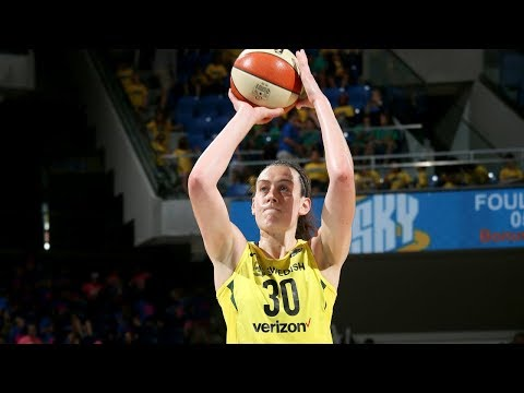 Player of the Month Highlights: Breanna Stewart