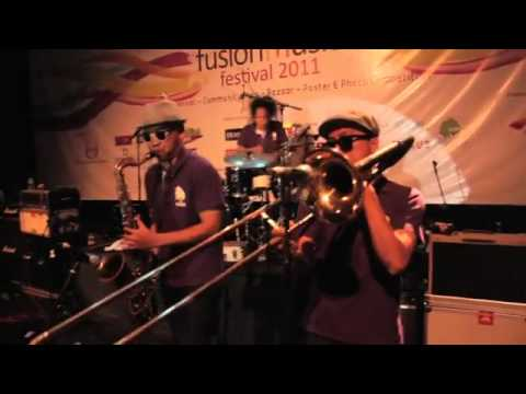 Souljah - I'm Free Live from Fusion Music Festival 2011
