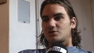 Teenager Roger Federer (18yo) shows his room - excl. Telebasel Interview