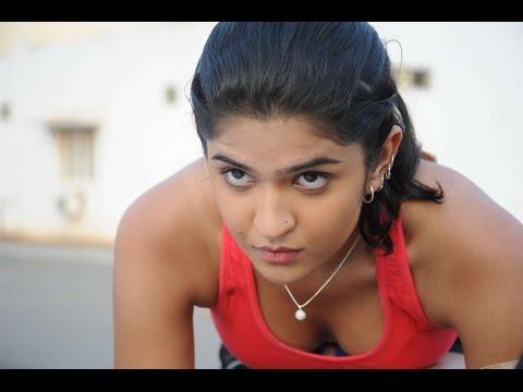 Tamil girls cleavage