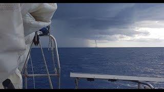 Orage et inondation à Maurice, trombe marine à la Réunion