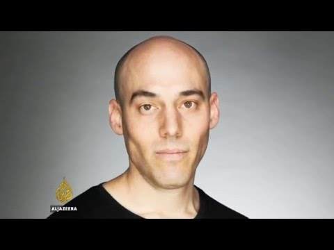 Talk to Al Jazeera – Joshua Oppenheimer: Indonesia's 'regime of fear'