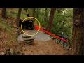 Unik    Pria ini bertemu  rumah kerdil  aneh di hutan ternyata mengejutkan saat masuk ke dalam