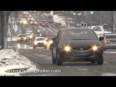 1/20/2015  Grand Rapids, MI Mid Morning Snow and Traffic B-Roll