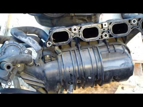 How to disassemble engine VVT-i Toyota Part 6/31: Intake manifold