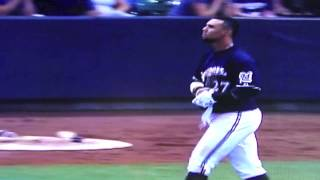Brewers Outfielder Carlos Gomez Tries to Break Bat, Fails Miserably