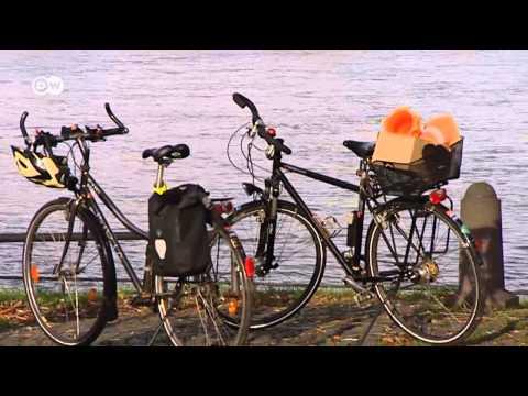 Немцы пересаживаются с автомобилей на велосипеды.