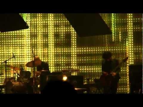 Radiohead 3/9/12 St. Louis, MO @ Scottrade Center