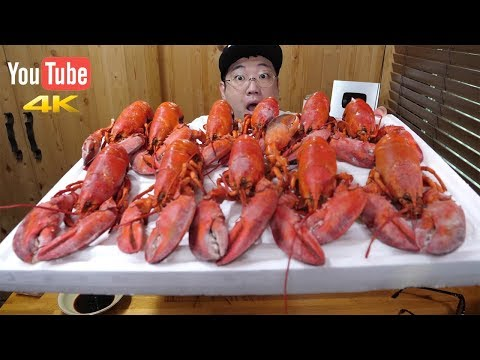 they-are-steamed-lobsters-from-canada.