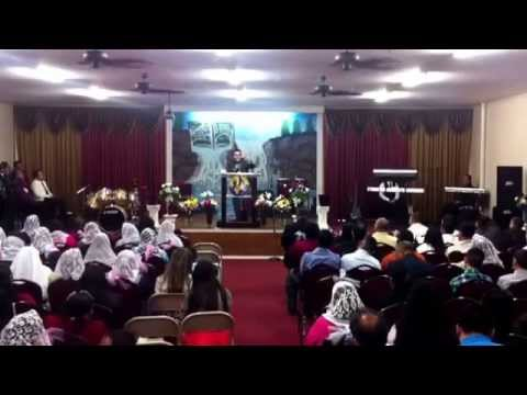Iglesia de dios manantiales de vida eterna en marshall mo aniversario 2014 wilber Joel mejilla