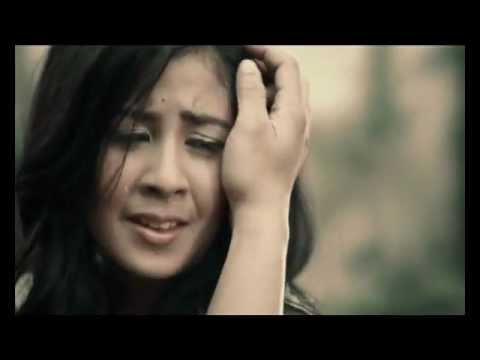"""Official Video """"Cinta Sudah Terlambat"""" by DYGTA"""