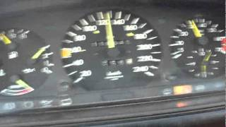 W124 0-100 km\h  M102 Engine