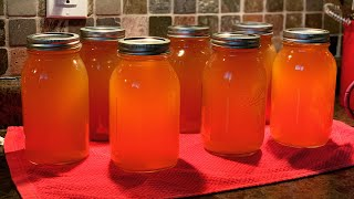 Canning Homemade Chicken Stock ~ The Kneady Homesteader