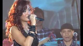 Agnes Monica - Teruskanlah Live in Pekanbaru 3 Desember 2011