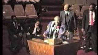 APOSTLE GEORGE H WILEY PREACHING @REFUGE TEMPLE 1986 PT.2