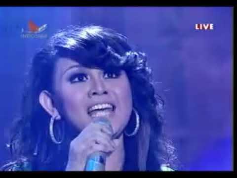 Tia AFI Feat Gita Sinaga - Hanya Cinta Yang Bisa