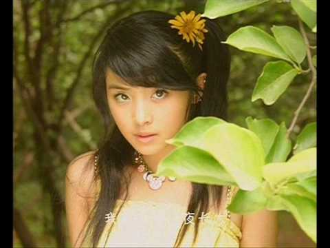 Zhang HanYun (张含韵)- A pop singer from mainland China