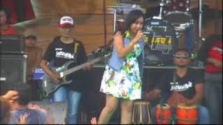 Riza Zaenal - Juragan Empang ( Jawara Music - LIve In Petik Laut Blimbingsari )
