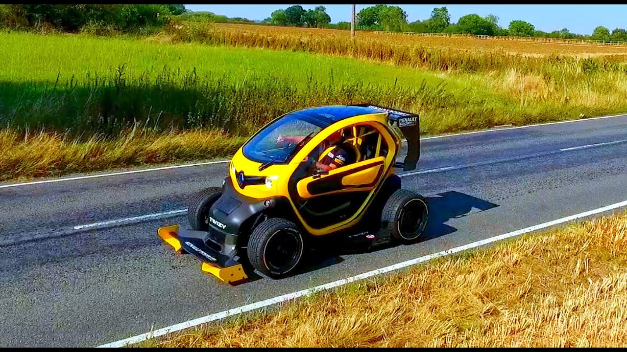 should i buy this f1 twizy oakley design youtube. Black Bedroom Furniture Sets. Home Design Ideas