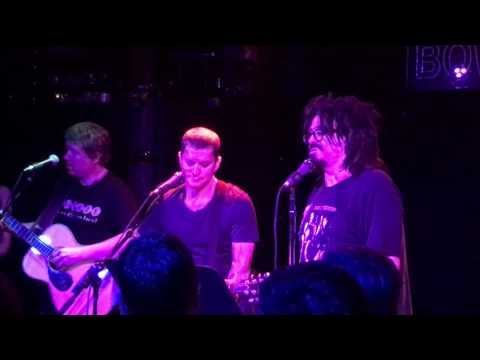 """""""3AM"""" Counting Crows Rob Thomas The Outlaw Roadshow 2016 NYC 10/21/16"""